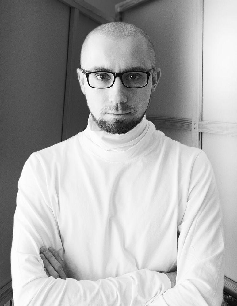 Maciej Ciesla